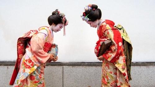Lý do người Nhật được khen 'lịch sự nhất thế giới'