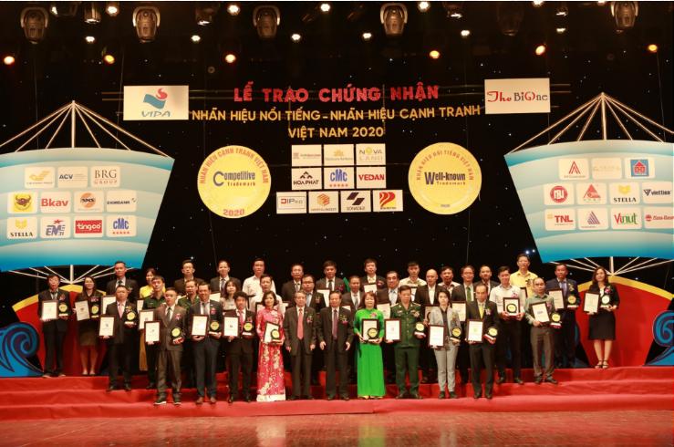 """Công ty CP CMC nhận giải thưởng"""" Nhãn hiệu nổi tiếng – Nhãn hiệu cạnh tranh"""" VIỆT NAM 2020"""